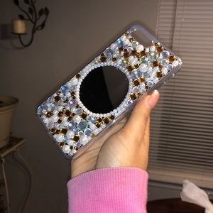 IPhone 7/8 plus bedazzled & mirror phone case 😍